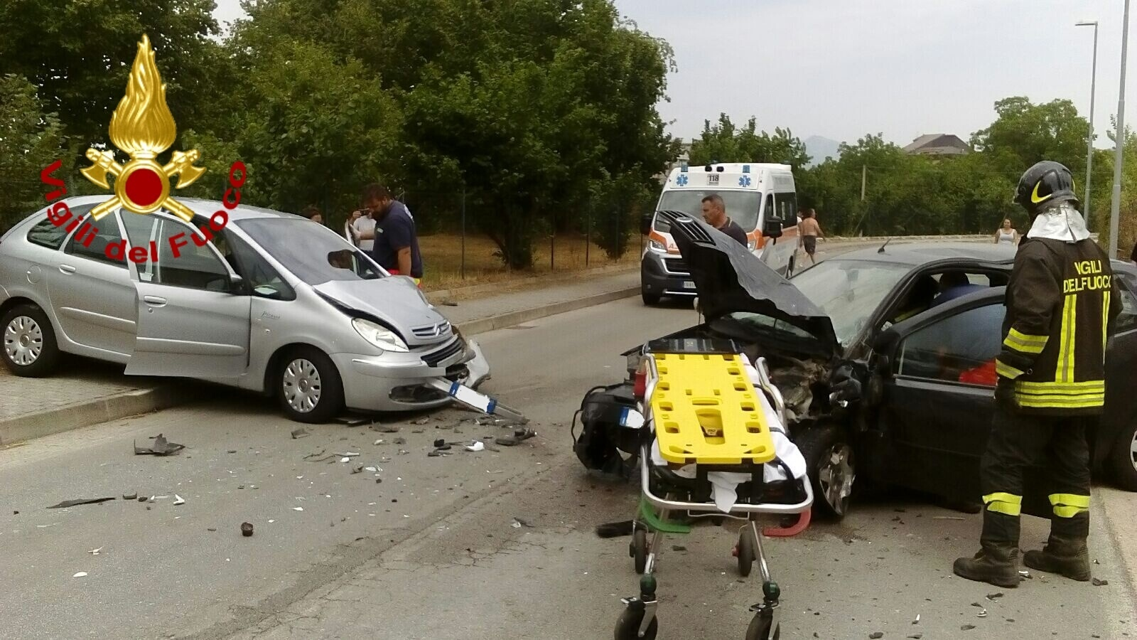 INCIDENTE A QUATTROGRANE,UN UOMO E' GRAVE.