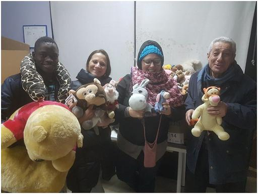 TEDDY BEAR TOSS: PELUCHE DONATI ALL'ASSOCIAZIONE DON TONINO BELLO